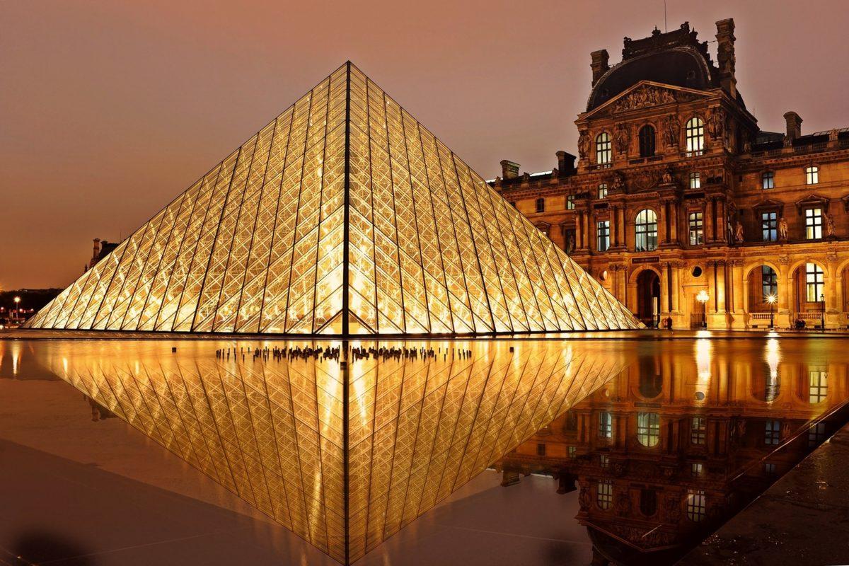 Paris-famille-louvre
