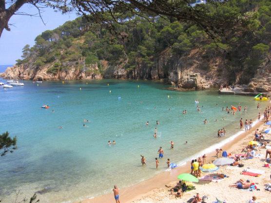 playas-de-la-costa-brava-aiguablava-muchosol-e1520586762430