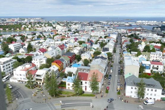 destination-gay-friendly-Reikiavik-muchosol