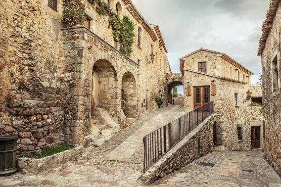 Pals-Costa-Brava-vieille-ville-historique